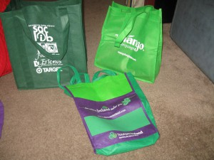 shopping bags, bags, reusable shopping bags, giveaways, promotions